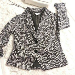 Cato's zebra print jacket EUC❤